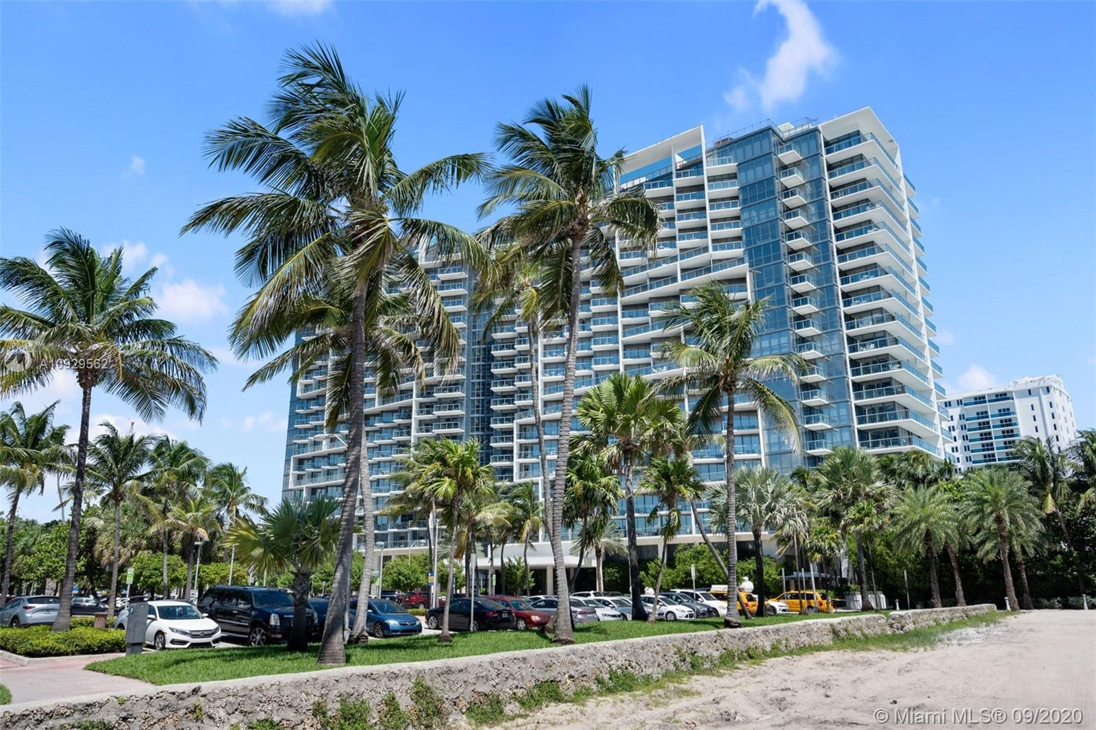 Photo of 2201 Collins Ave #811 listing for Sale