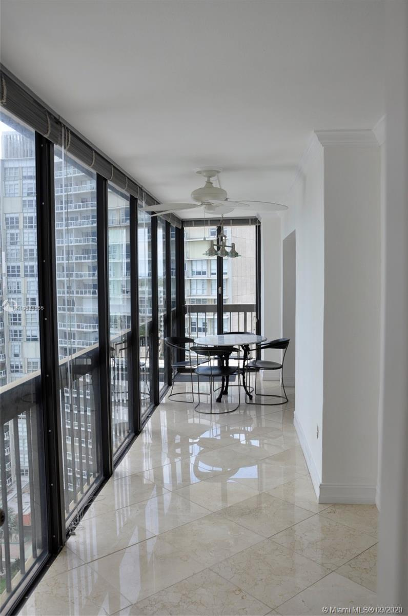 2333 Brickell Ave #1606 photo020