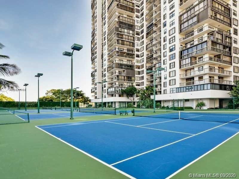 2333 Brickell Ave #1606 photo041
