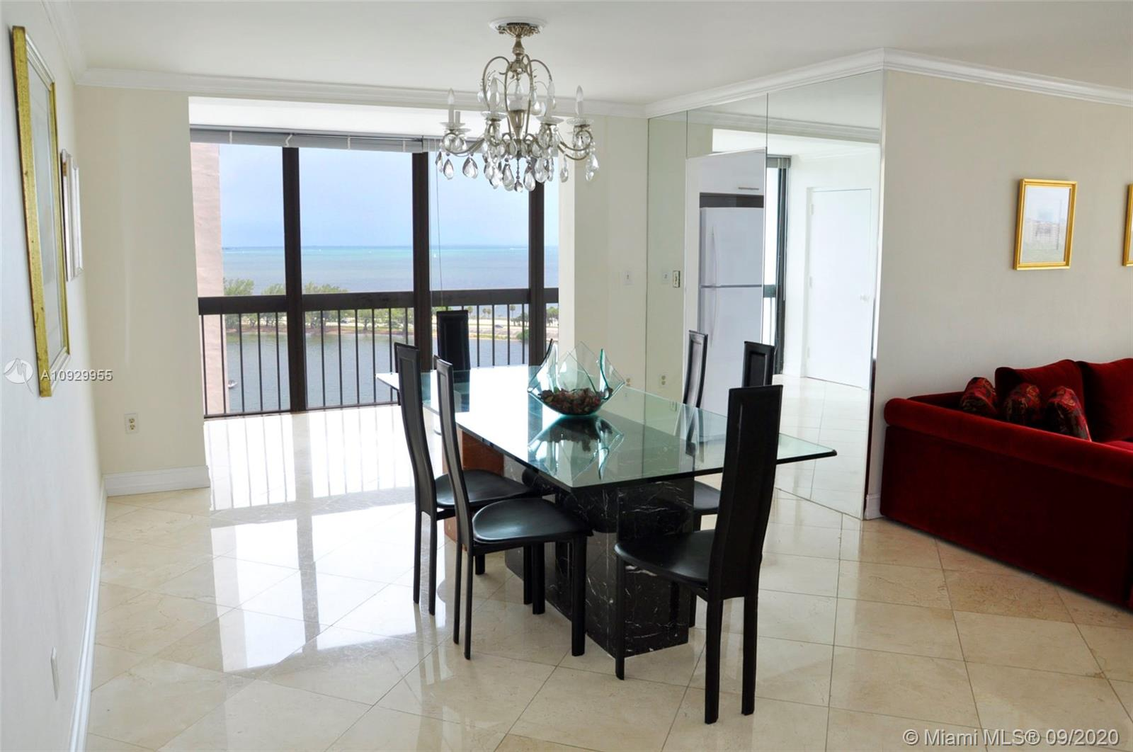 2333 Brickell Ave #1606 photo04