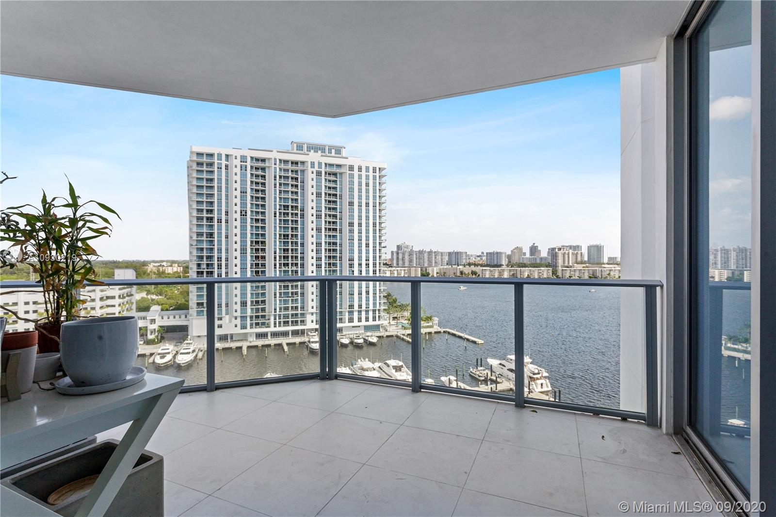 17111 BISCAYNE BLVD #1103 photo015