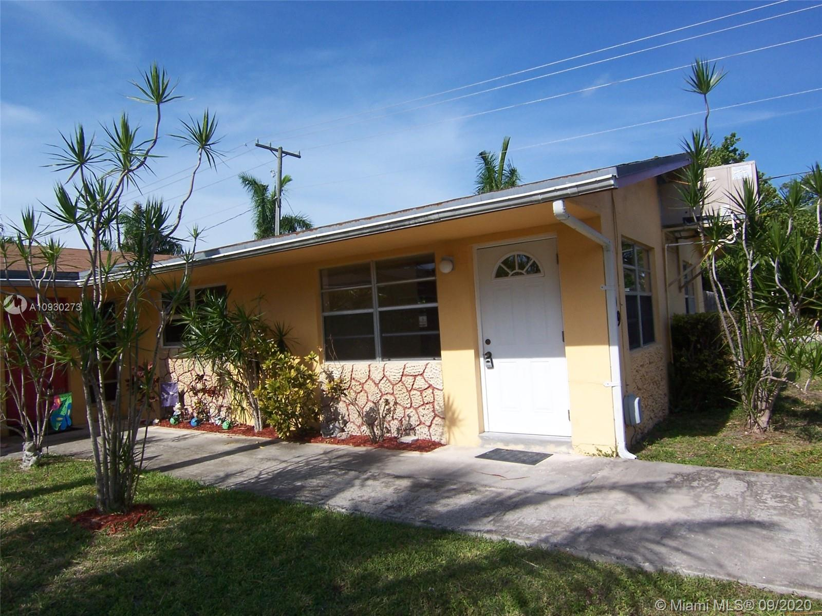 2709 SW 46th St # 1, Dania Beach, Florida 33312, 2 Bedrooms Bedrooms, ,1 BathroomBathrooms,Residential Lease,For Rent,2709 SW 46th St # 1,A10930273