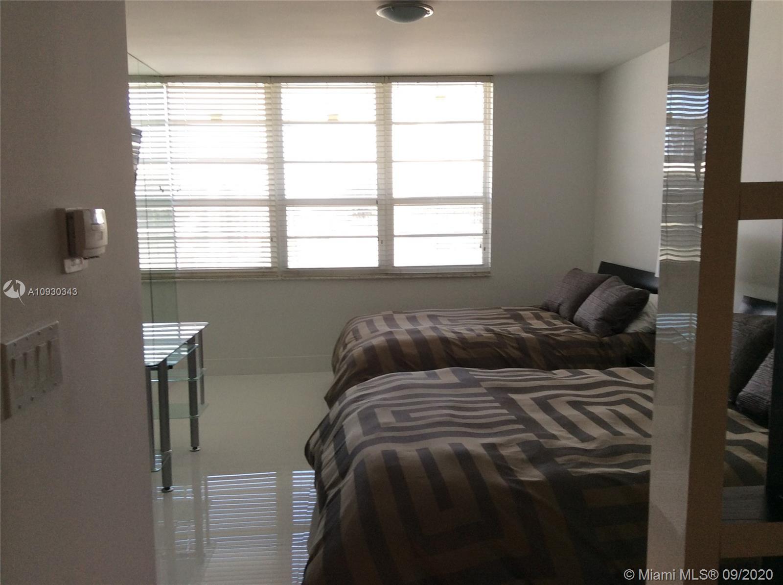 Decoplage #1214A - 100 Lincoln Rd #1214A, Miami Beach, FL 33139