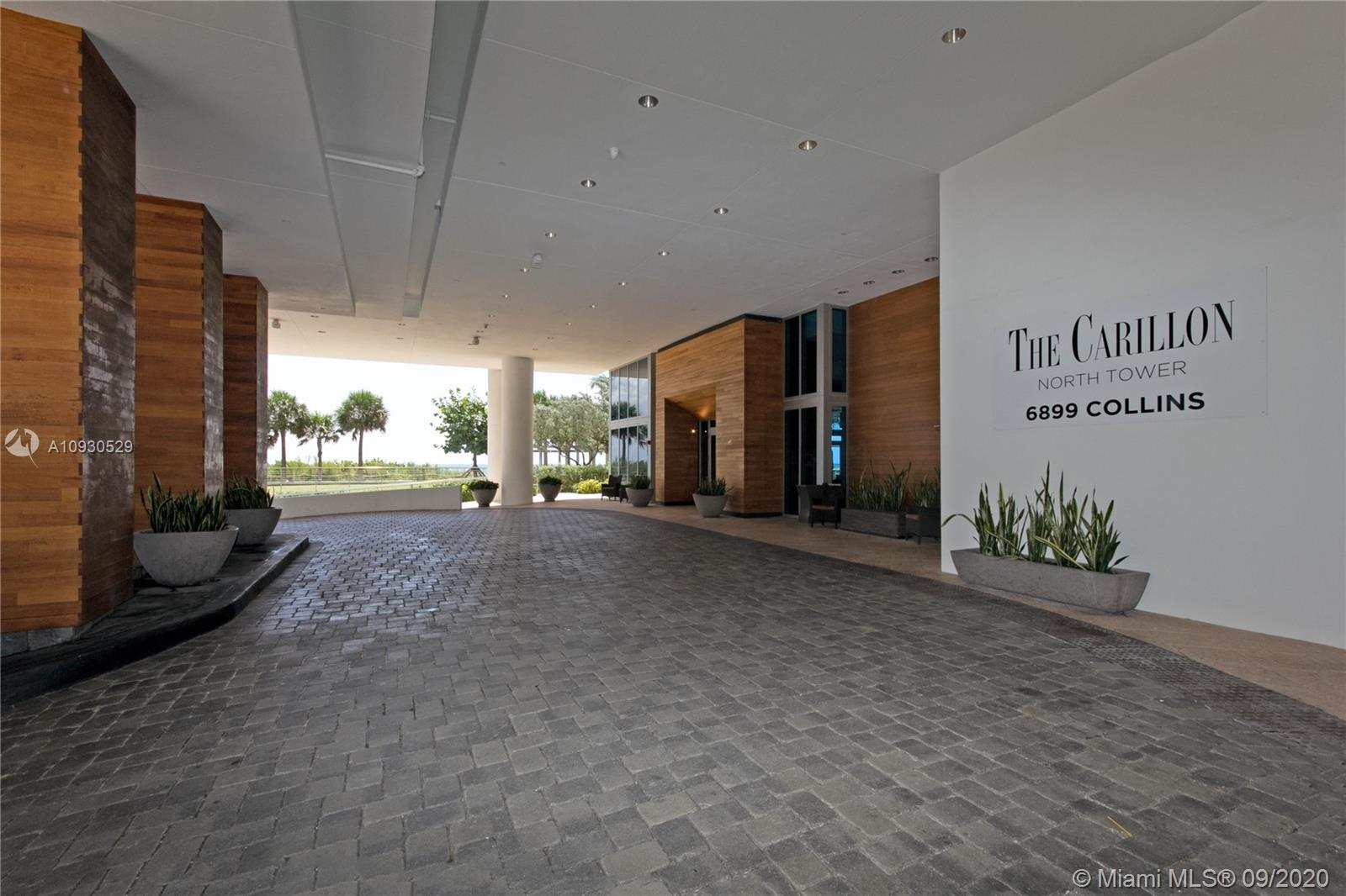6899 Collins Ave #1703 photo020