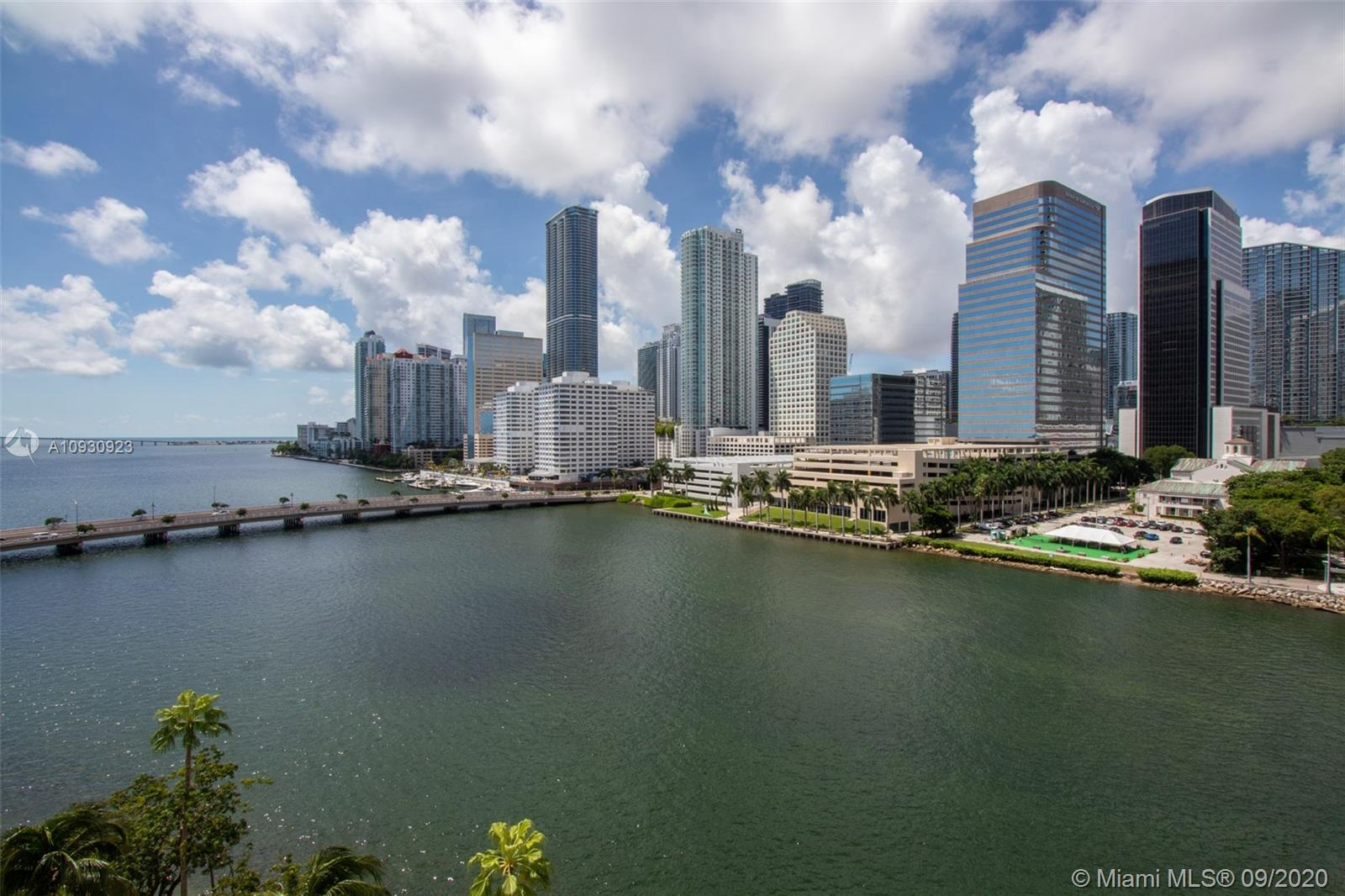 701 Brickell Key Blvd #1002 photo016