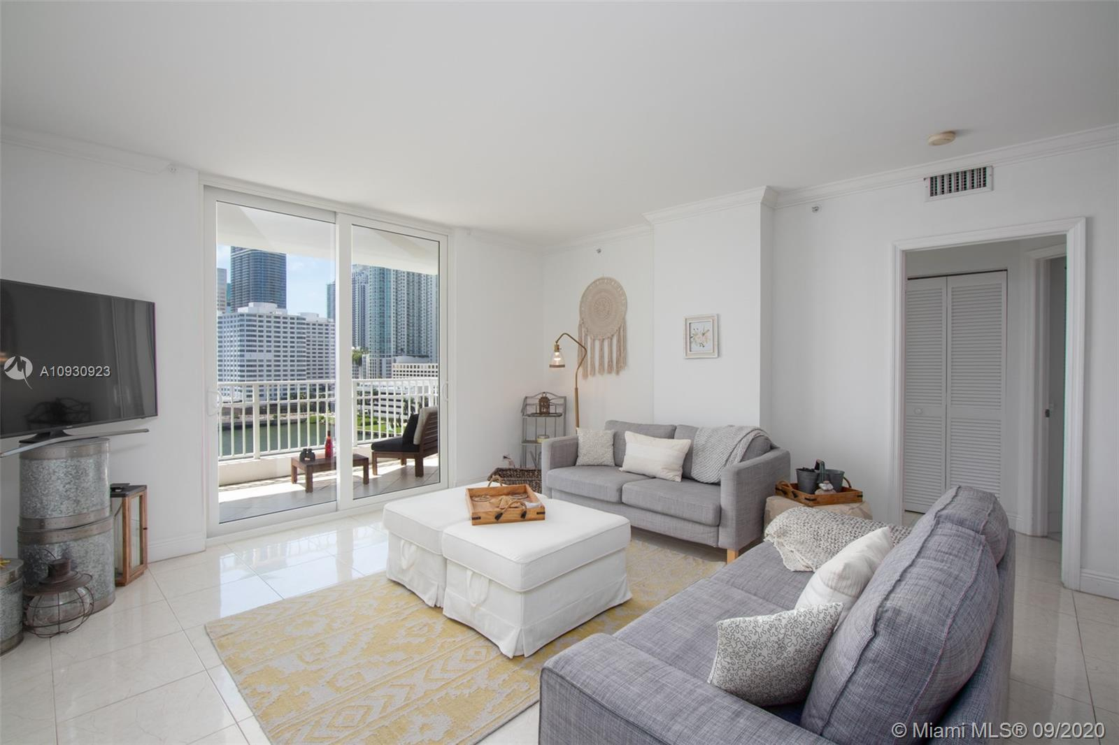 701 Brickell Key Blvd #1002 photo03