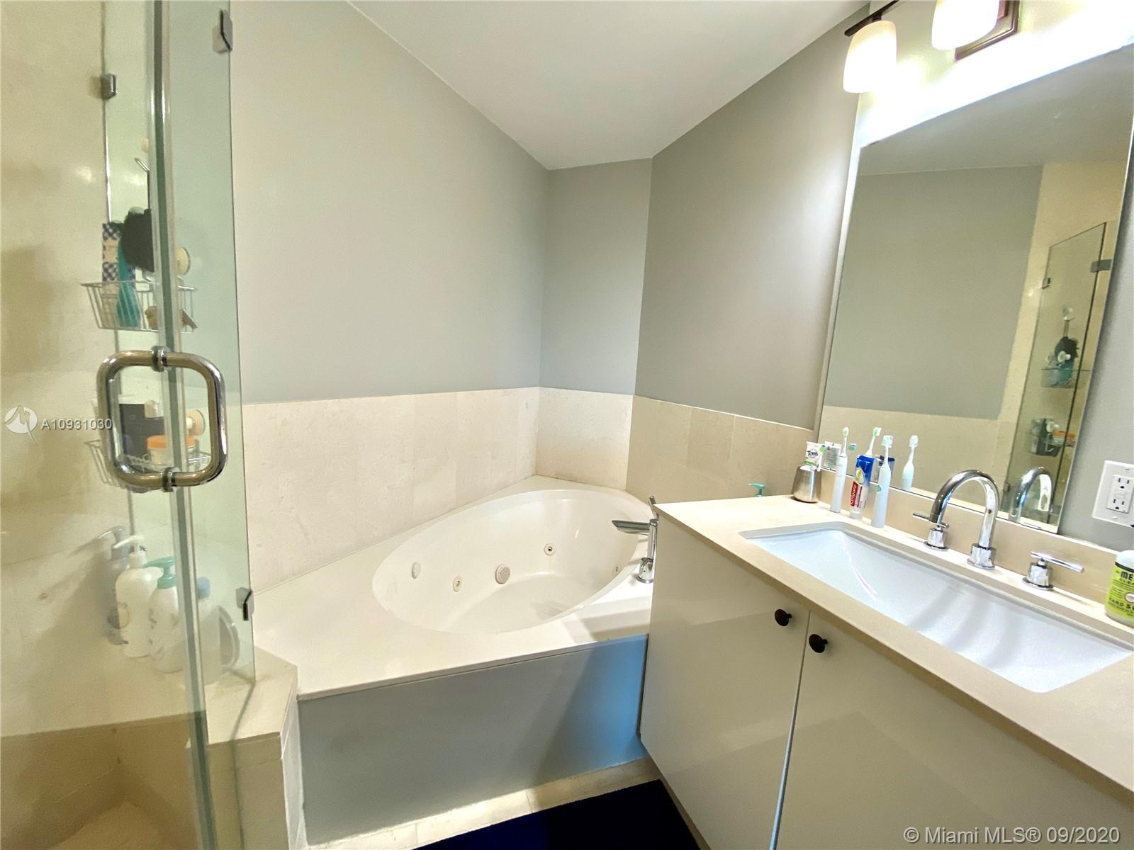 Photo of 60 SW 13th St #3426 listing for Sale