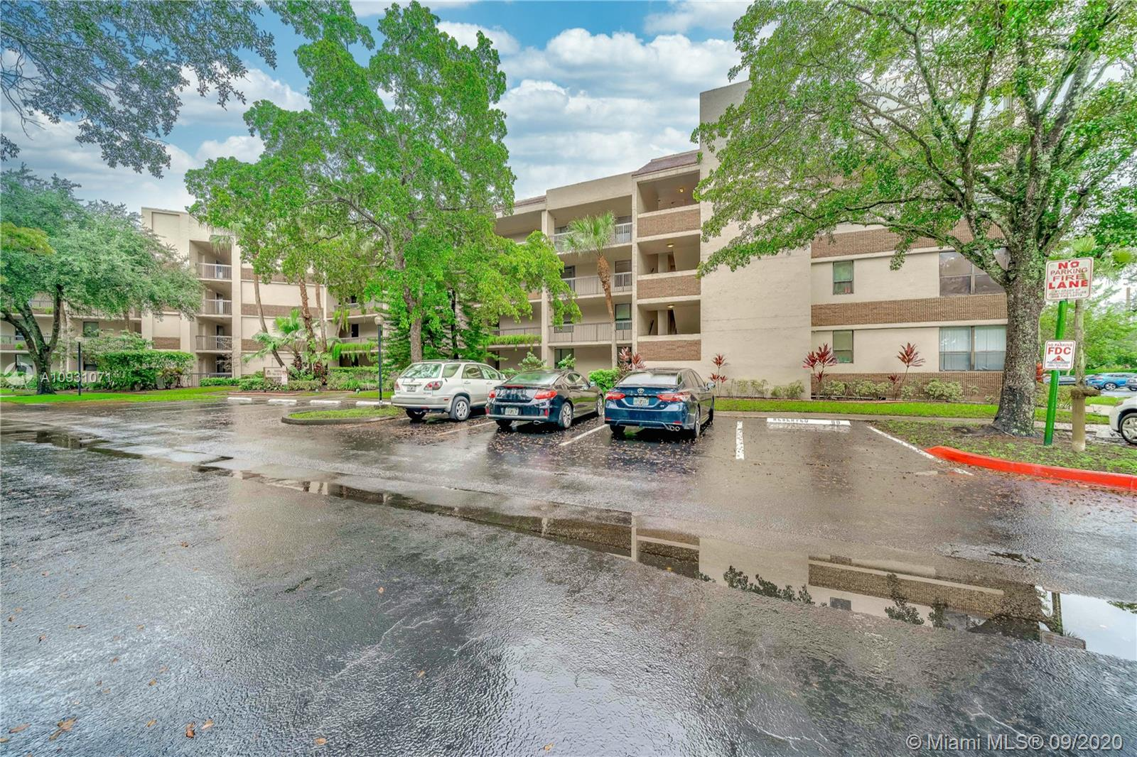 7500 NW 1st Ct # 306, Plantation, Florida 33317, 3 Bedrooms Bedrooms, ,2 BathroomsBathrooms,Residential,For Sale,7500 NW 1st Ct # 306,A10931071