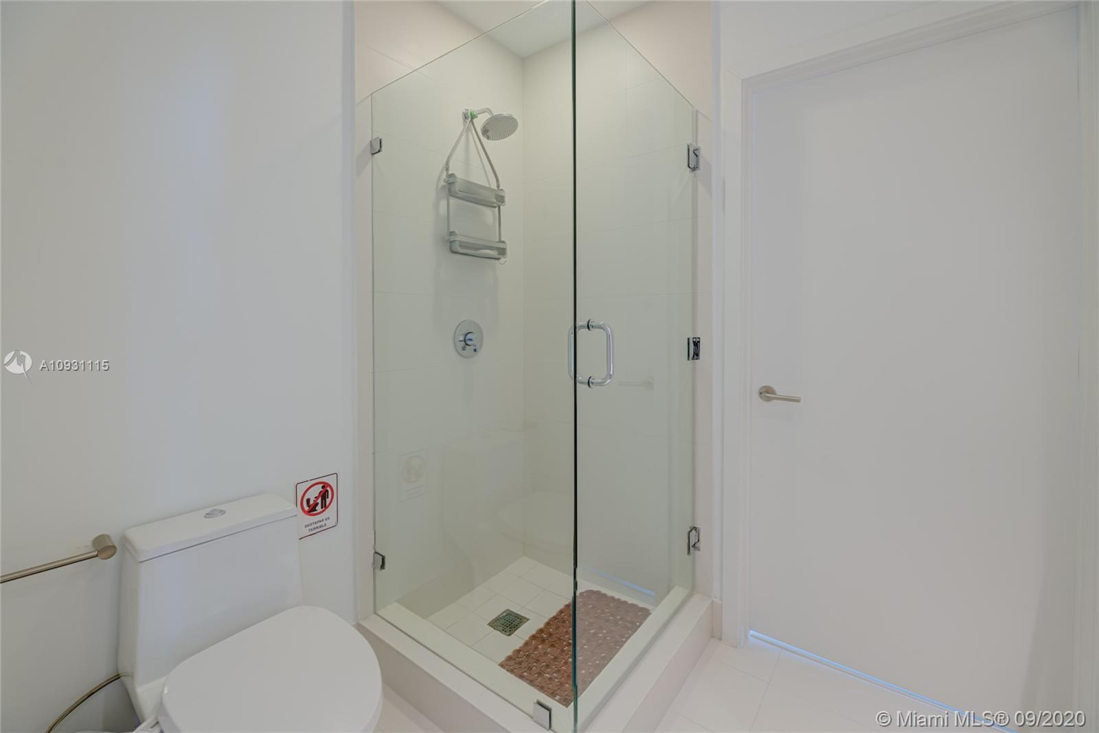 Photo of 501 NE 31st St #PH4204 listing for Sale