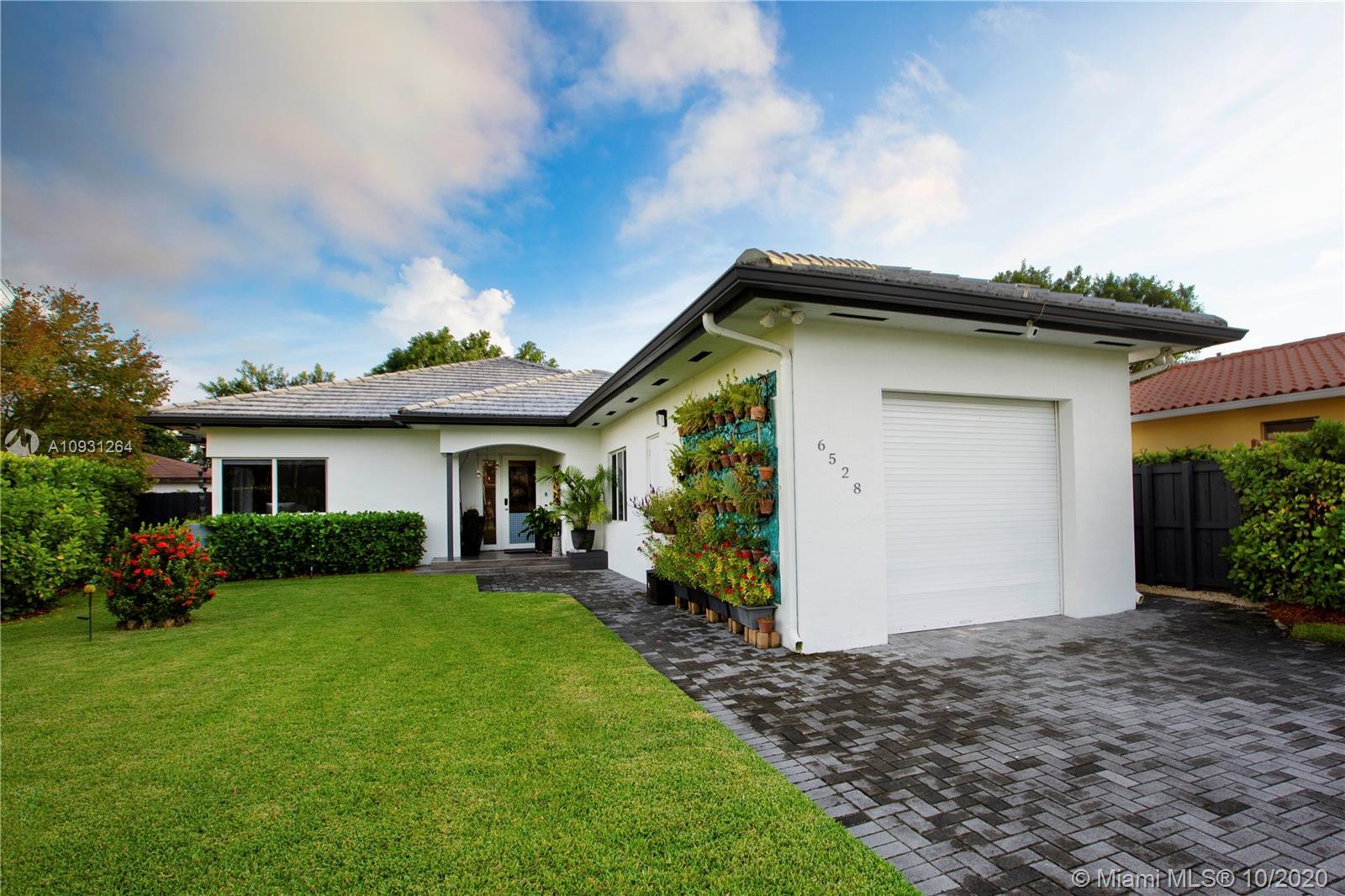 Coral Villas - 6528 SW 27th St, Miami, FL 33155