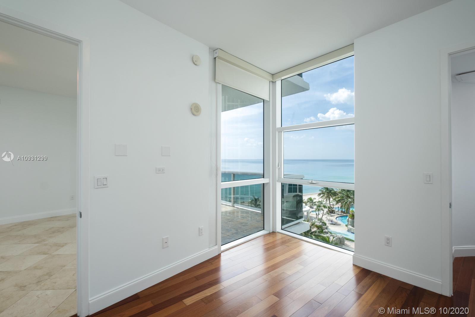 18101 Collins Ave #1002 photo06