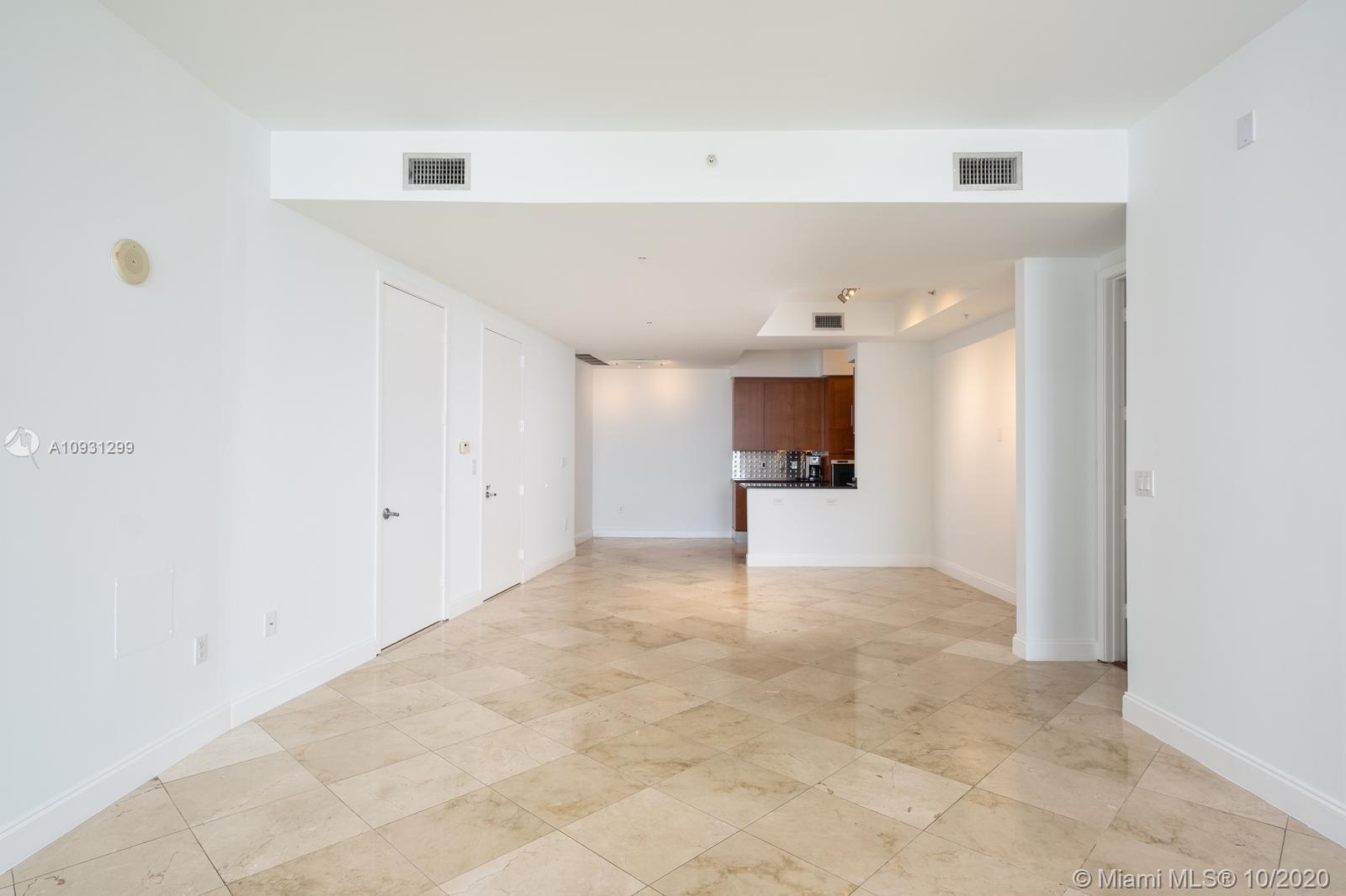 18101 Collins Ave #1002 photo021