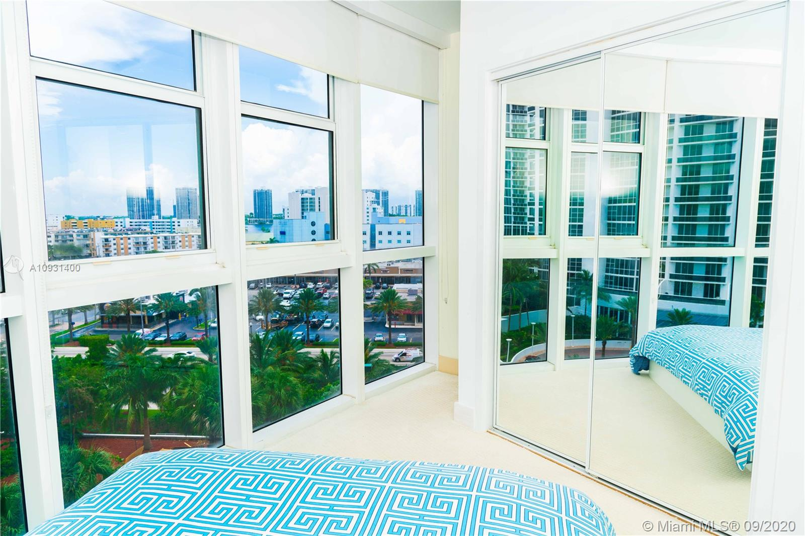 18201 Collins Ave #901A photo010
