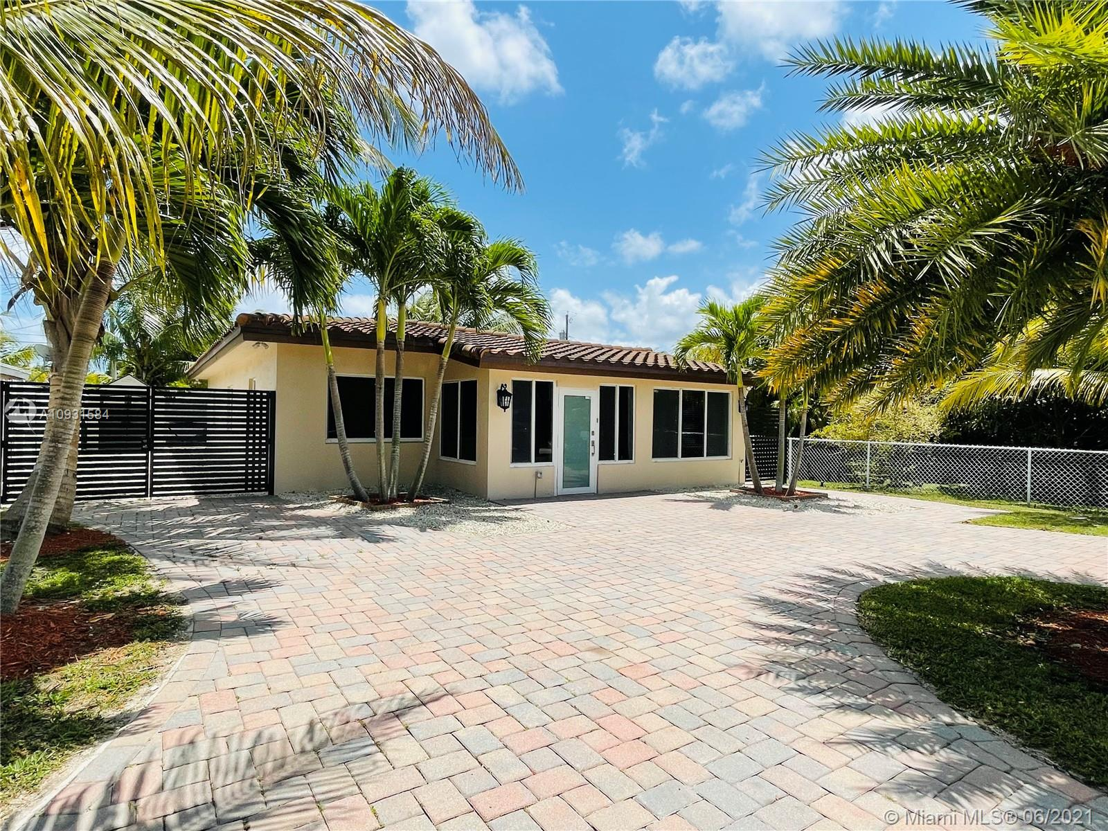 North Miami Beach - 1340 NE 177th St, North Miami Beach, FL 33162