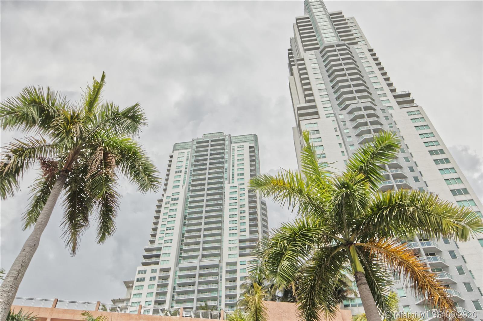 Photo of 253 NE 2nd St #3305 listing for Sale