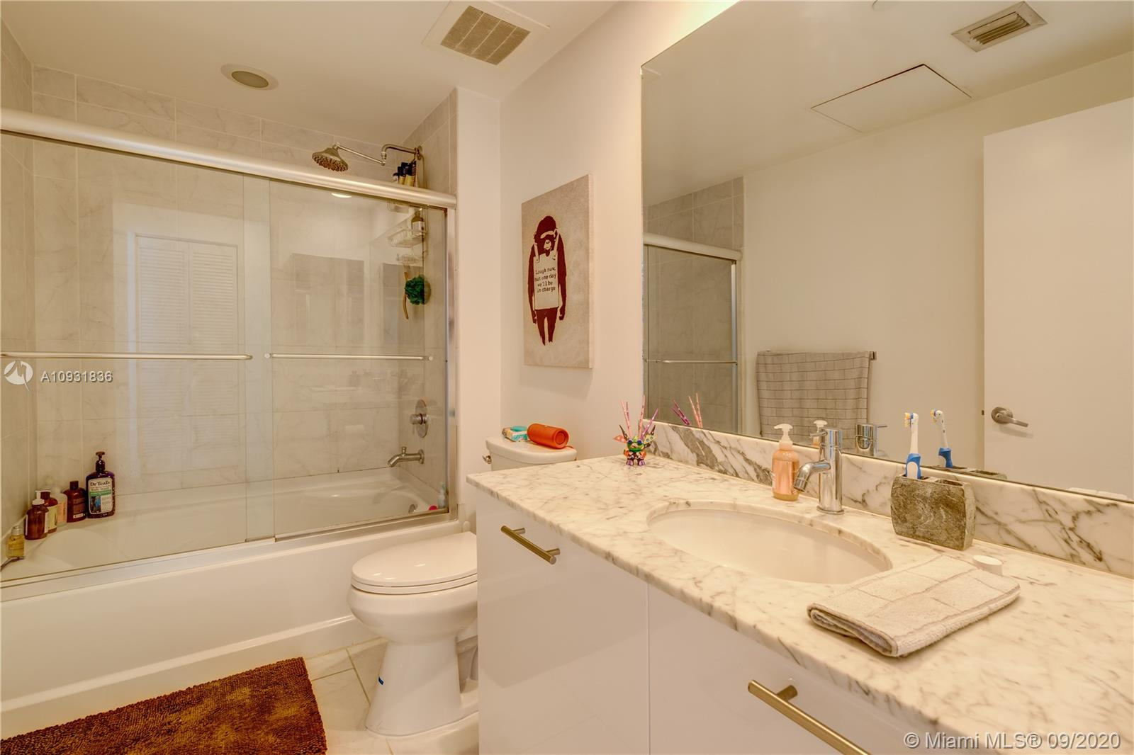 Photo of 951 Brickell Ave #3803 listing for Sale
