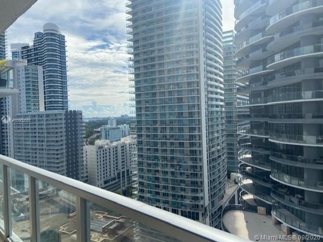 1050 Brickell Ave #2320 photo026