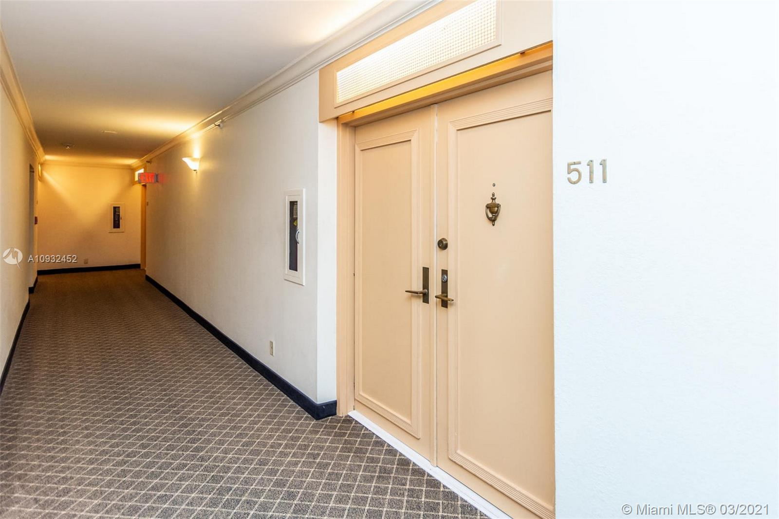 8777 Collins Ave #511 photo022