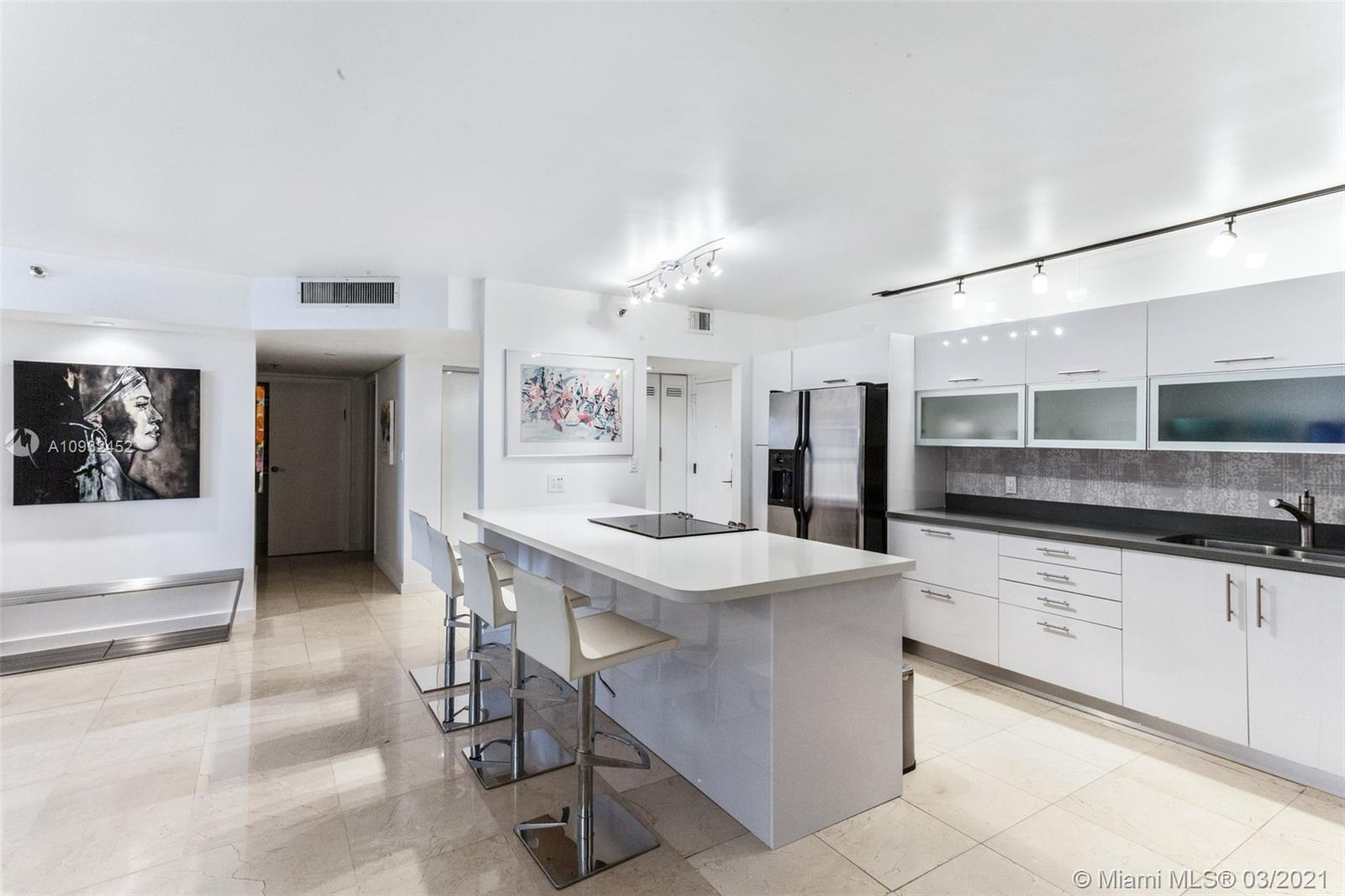 8777 Collins Ave #511 photo09