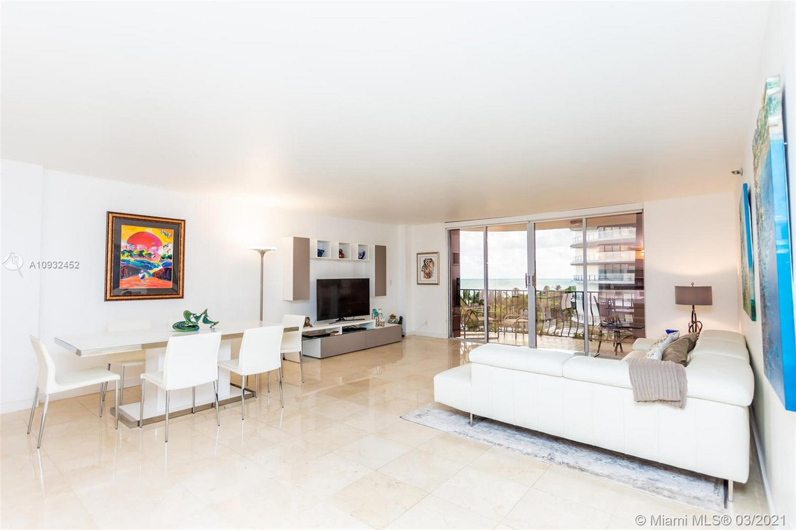 8777 Collins Ave #511 photo04