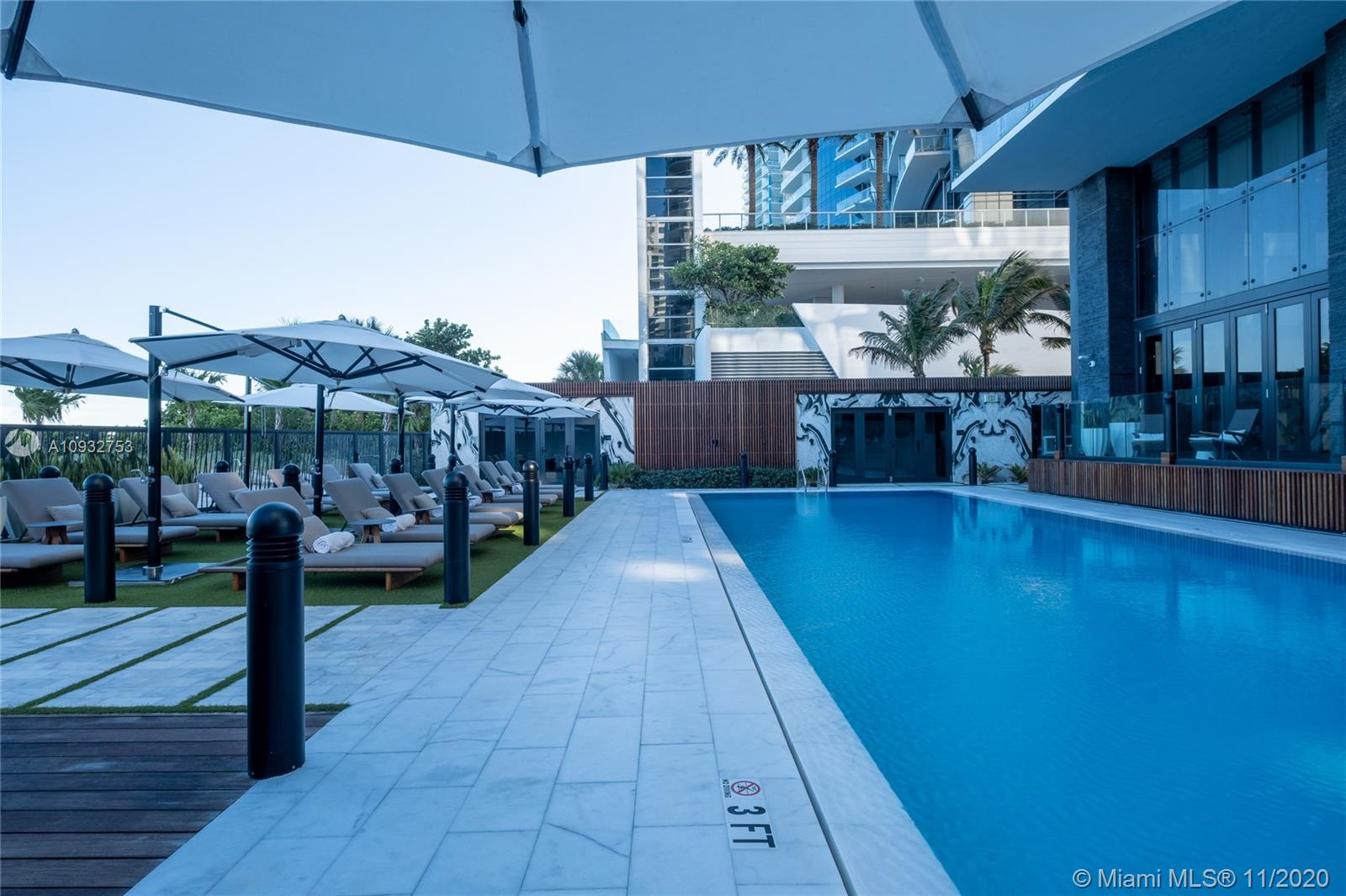 17141 Collins Ave #4102 photo054