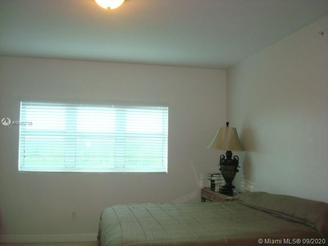 15051 Royal Oaks Ln #705 photo03