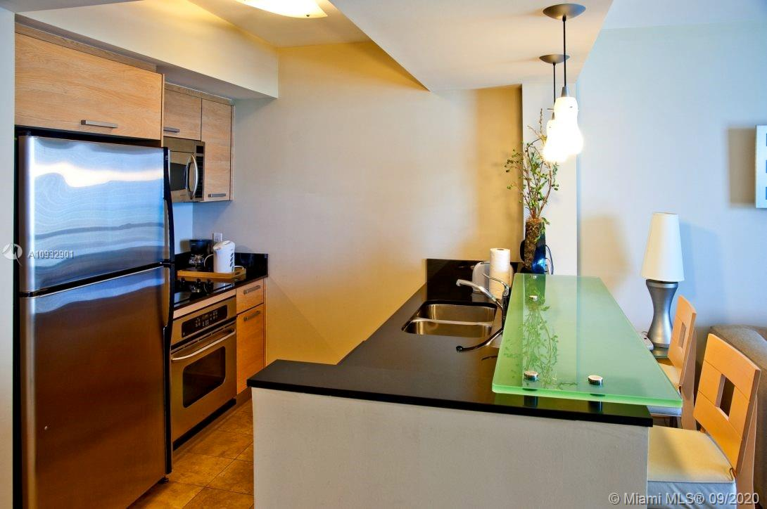 18683 Collins Ave #2009 photo03