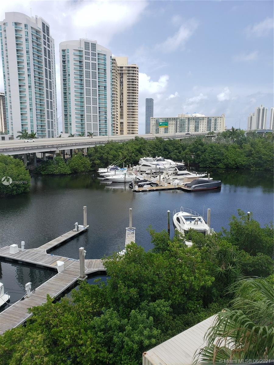 Photo of 3500 Mystic Pointe Dr #505 listing for Sale