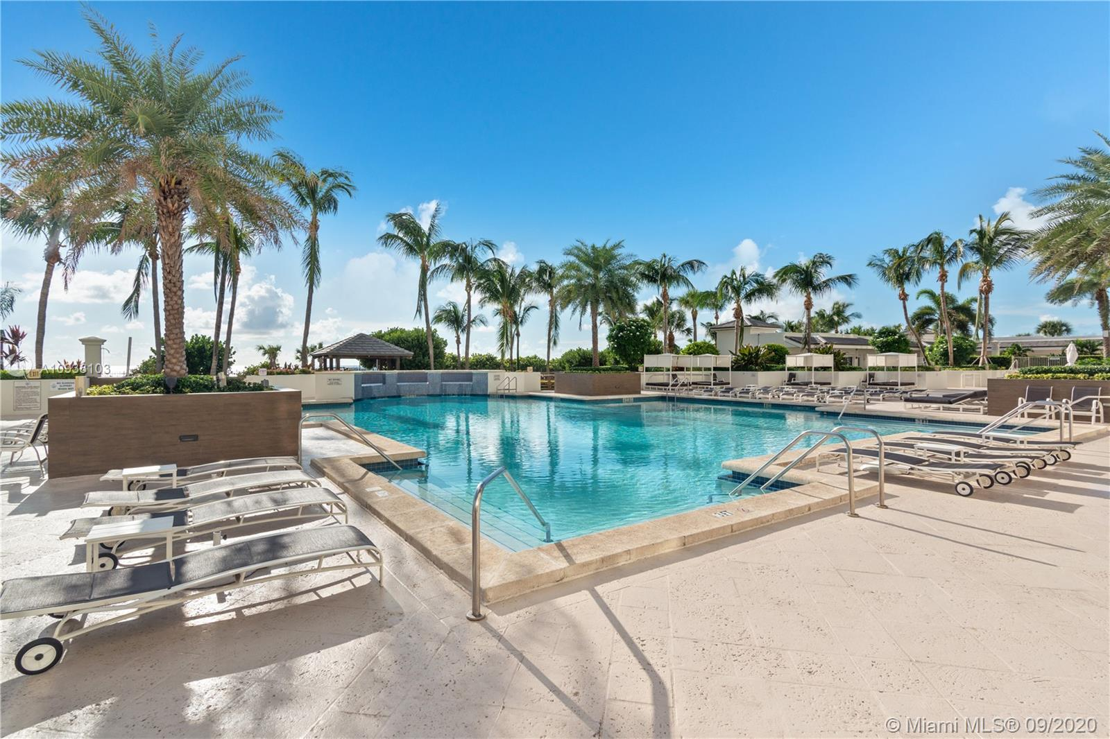 Photo of 4775 Collins Ave #1704 listing for Sale
