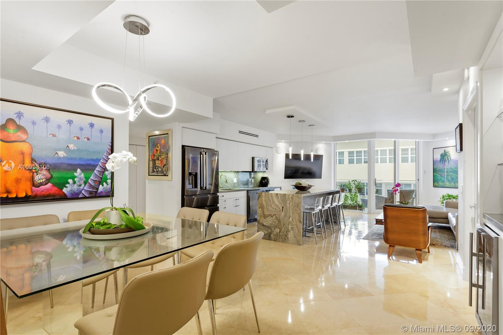 4775 Collins Ave #1704 photo04