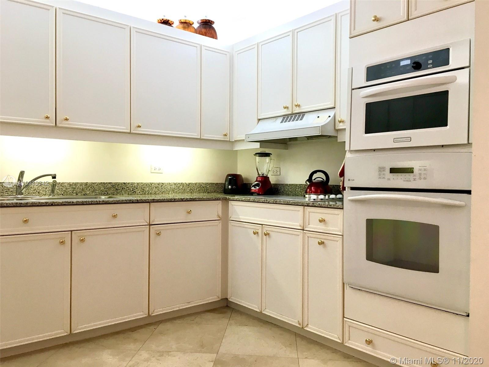 8855 Collins Ave #8F photo019