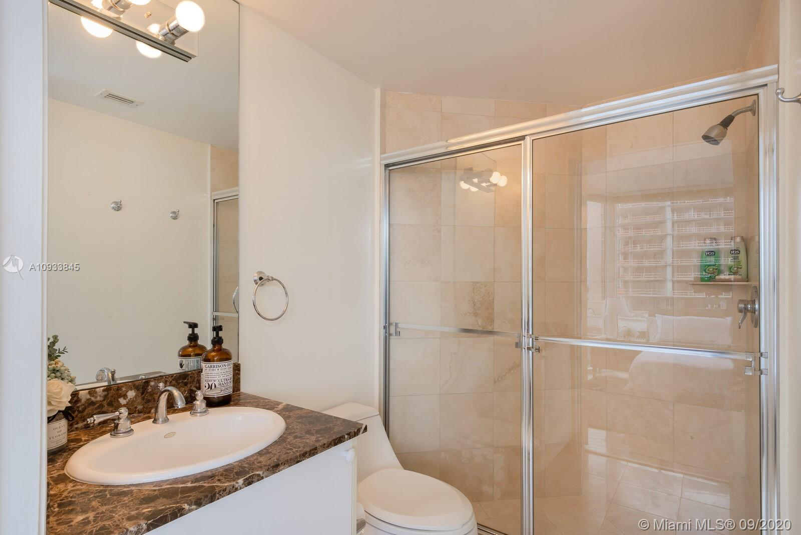 17555 Collins Ave #601 photo014