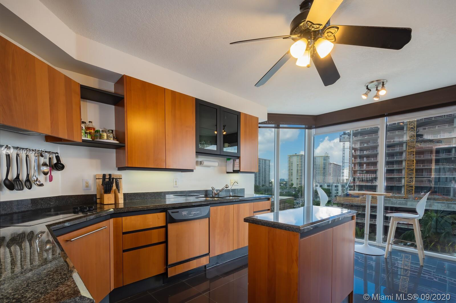 17555 Collins Ave #601 photo011