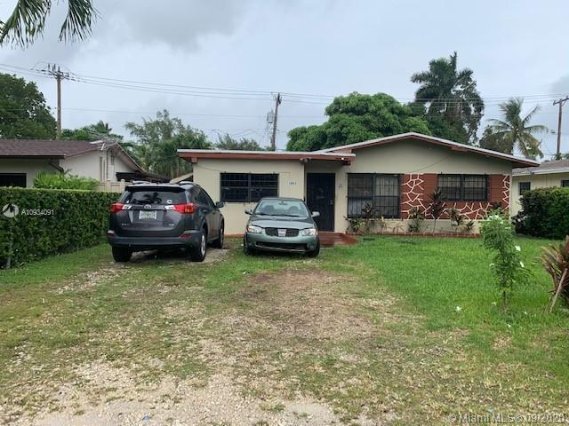 Biscayne Shores - 1411 NE 117 Street, Miami, FL 33161