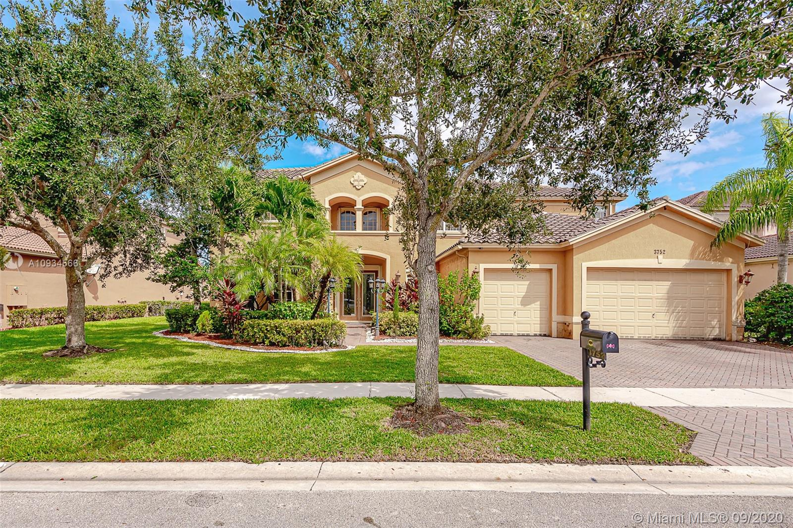 Weston - 3752 W Coquina Way, Weston, FL 33332