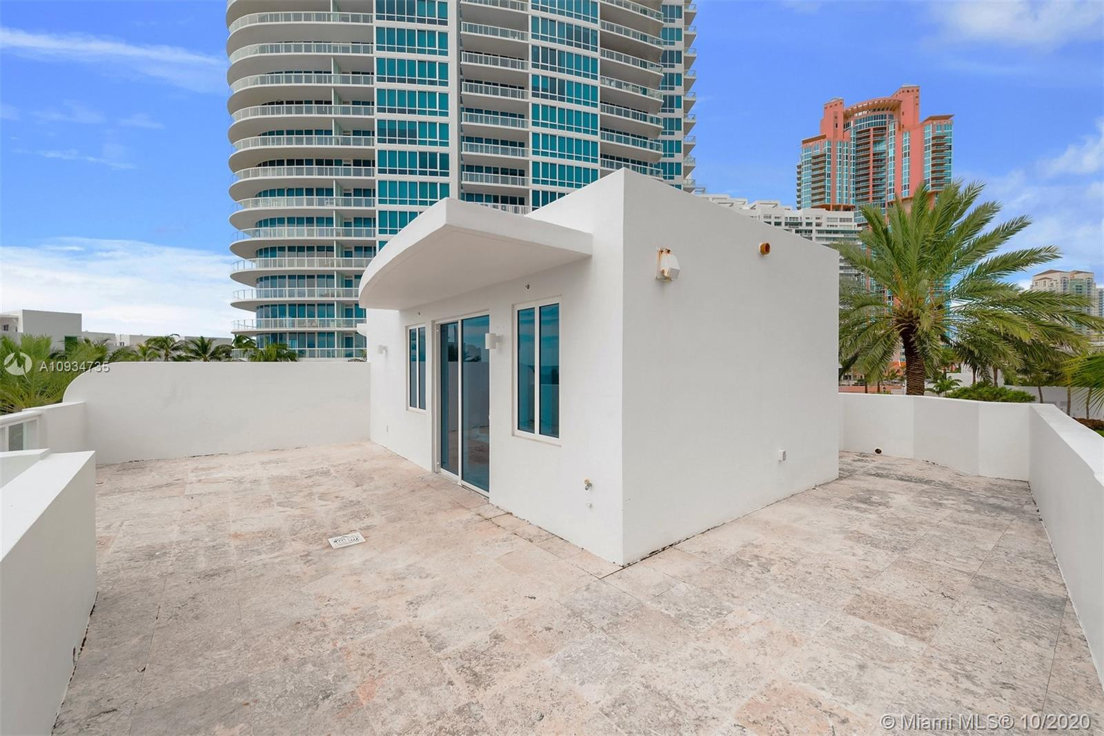 Photo of 100 S POINTE DR #TH-1 listing for Sale