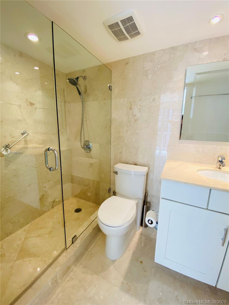 1440 Brickell Bay Dr #710 photo06