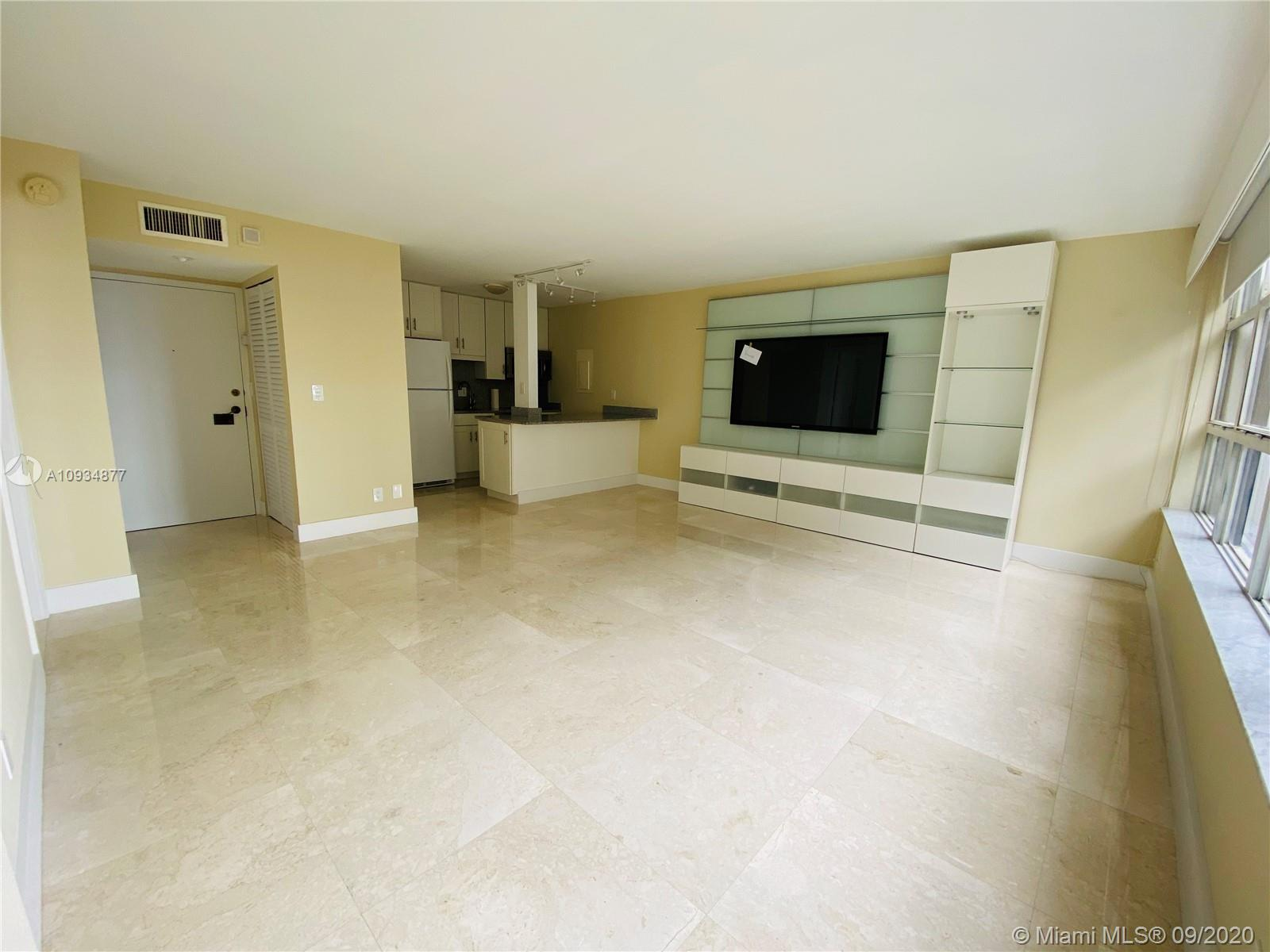 1440 Brickell Bay Dr #710 photo03