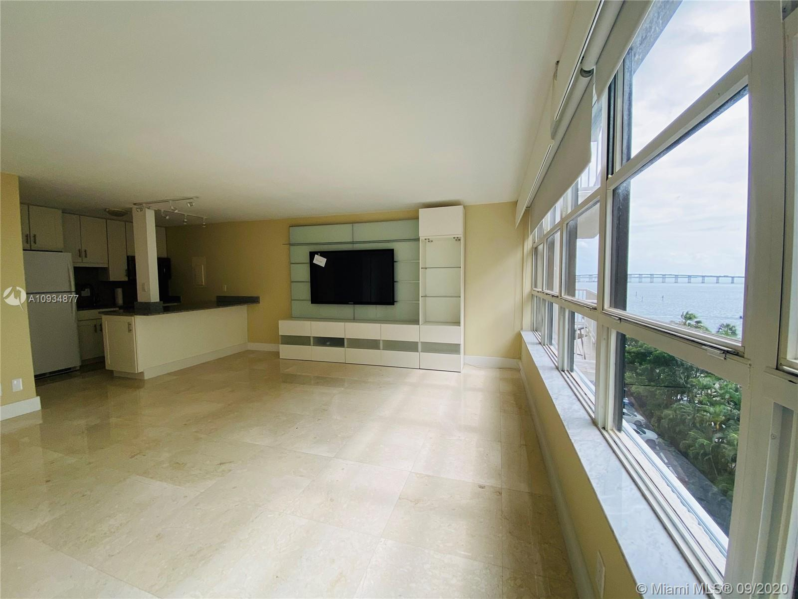 1440 Brickell Bay Dr #710 photo05