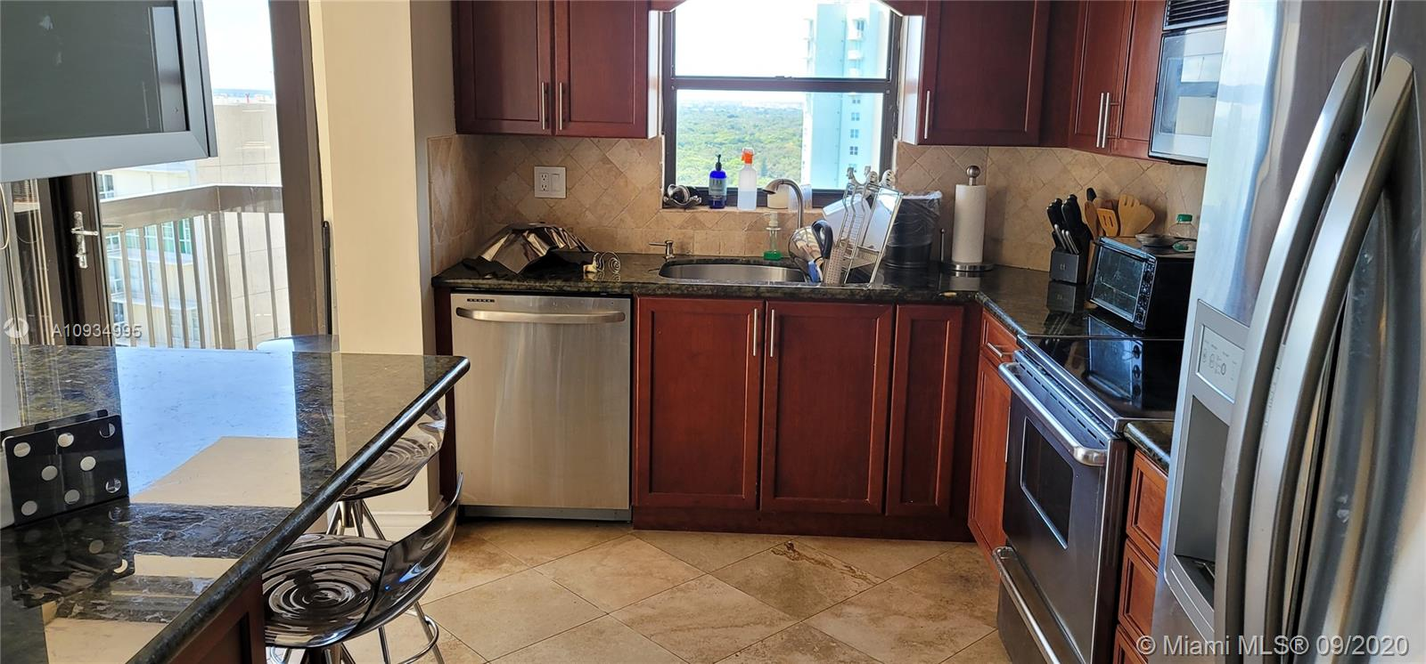 2333 Brickell Ave #2512 photo010