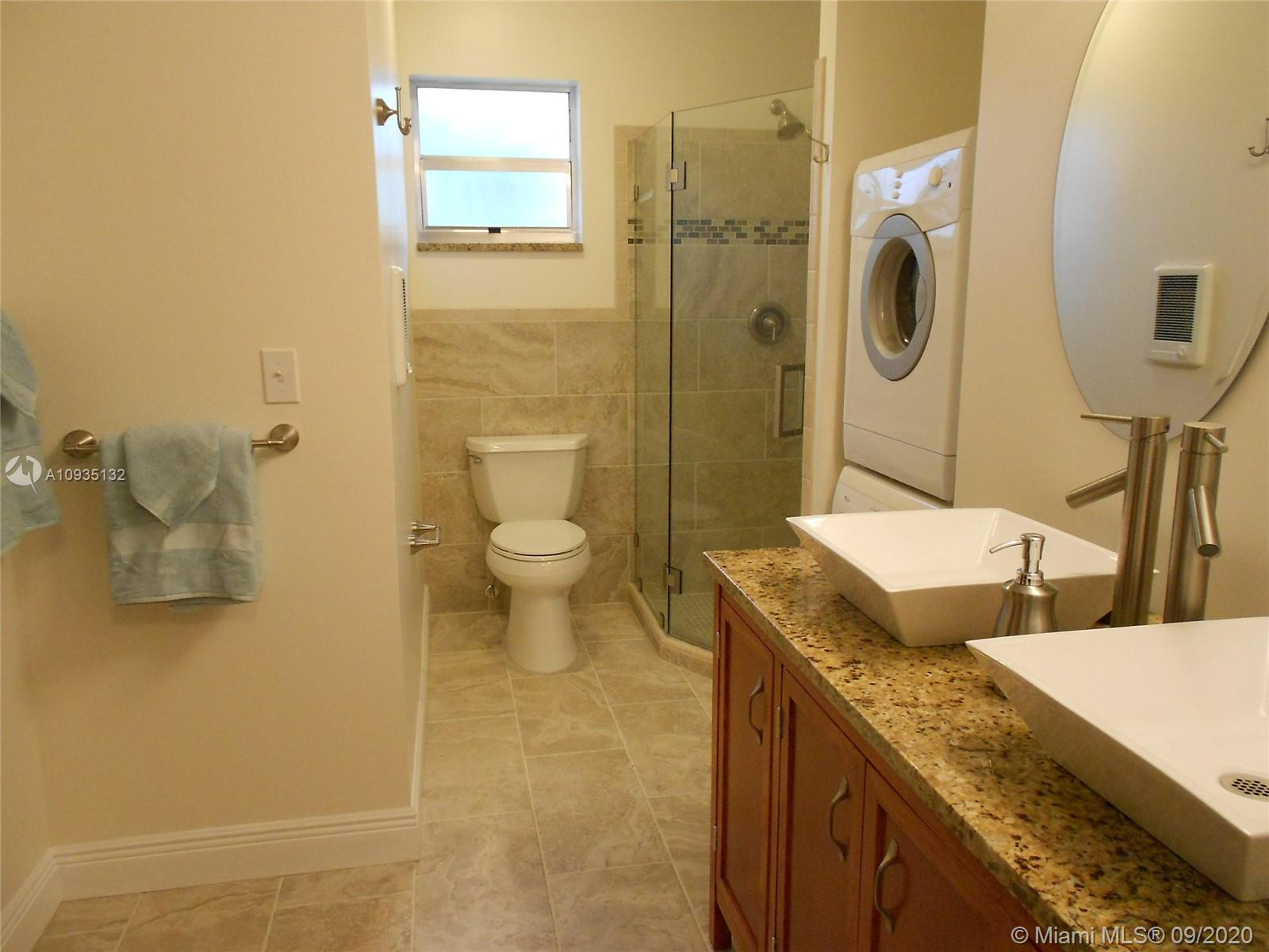 9400 E Bay Harbor Dr #3 photo011