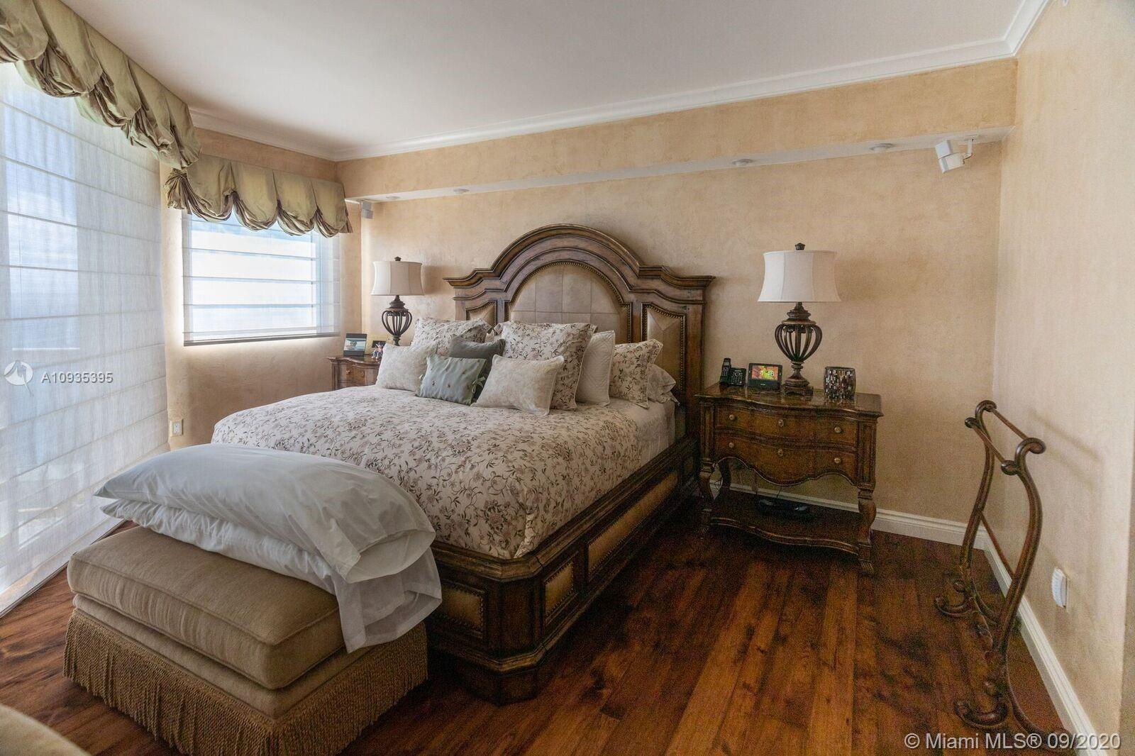 17875 Collins Ave #4303/4 photo027
