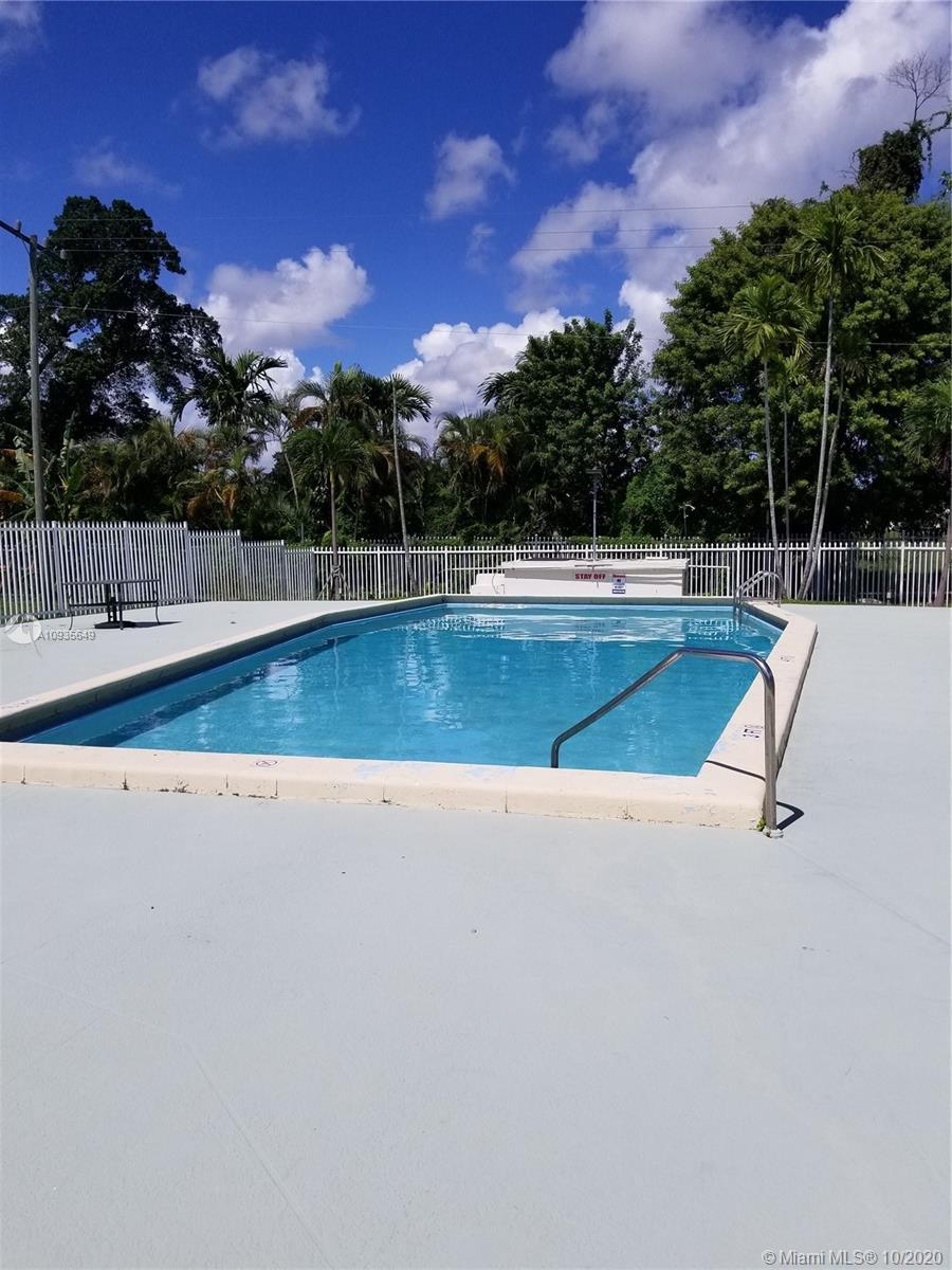 Photo - 1501 NE 191st St # C211, Miami FL 33179