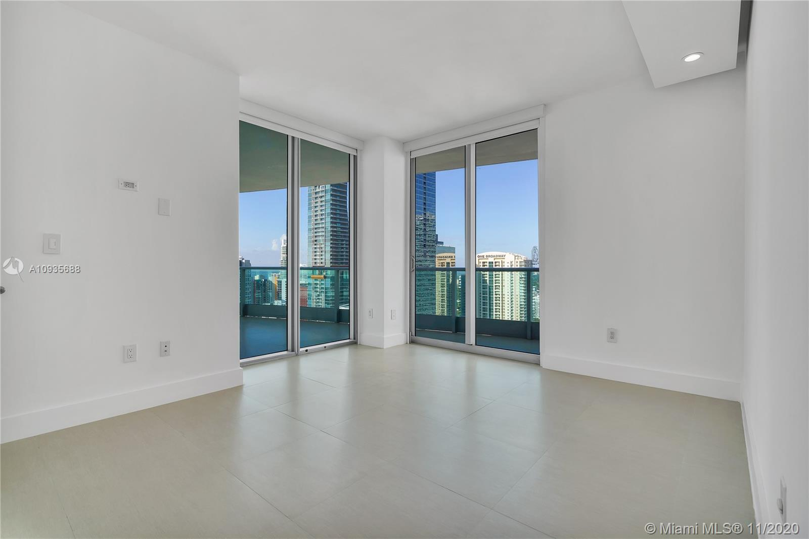 1331 Brickell Bay Dr #3611 photo034