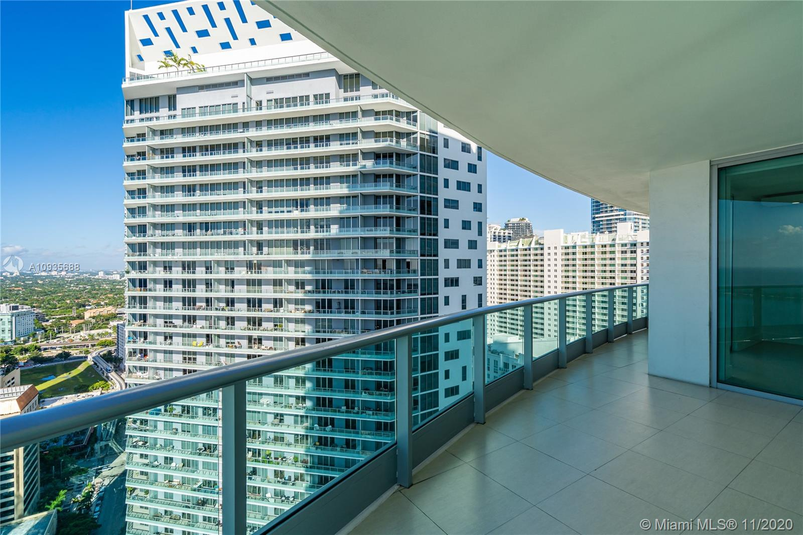 1331 Brickell Bay Dr #3611 photo044