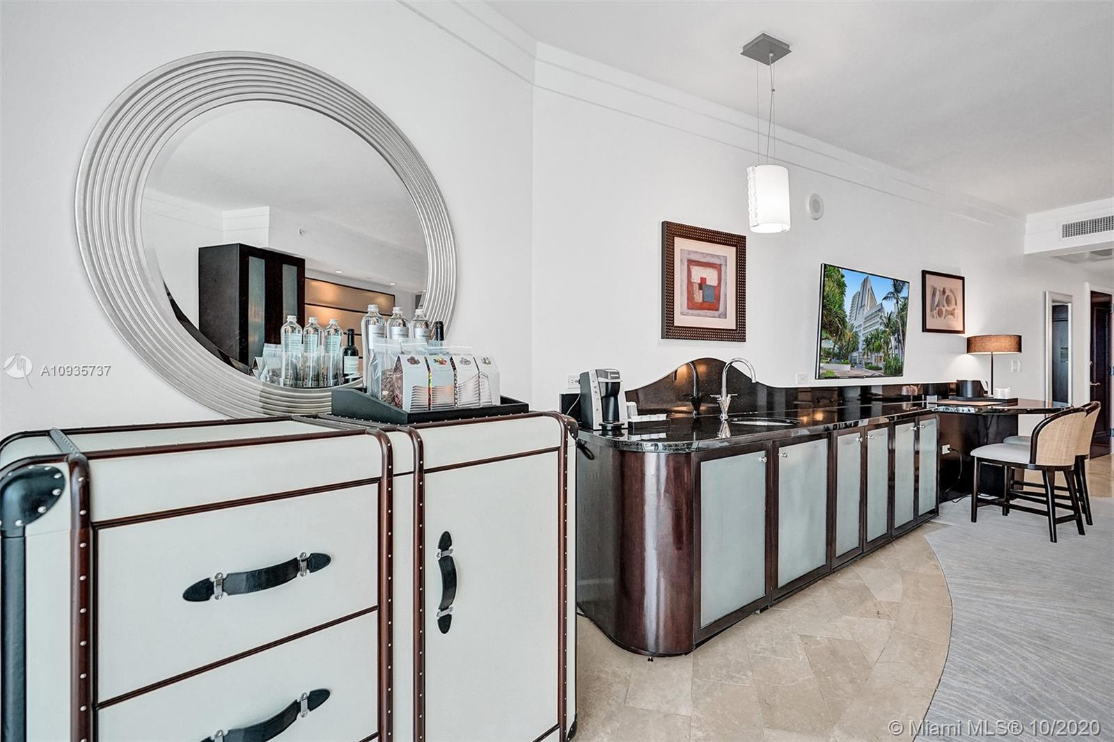 4391 COLLINS AVE #1017 photo017