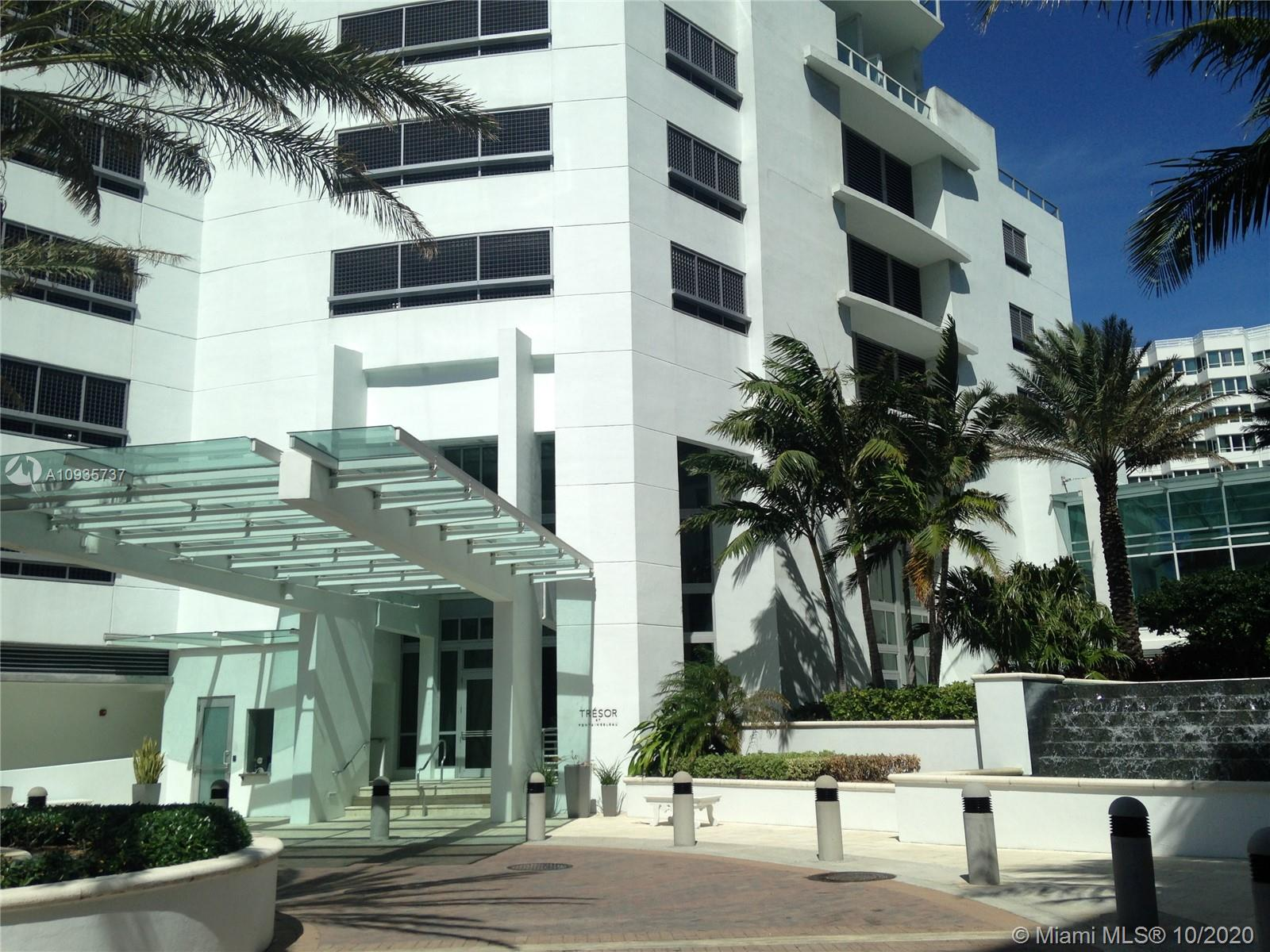 4391 COLLINS AVE #1017 photo067