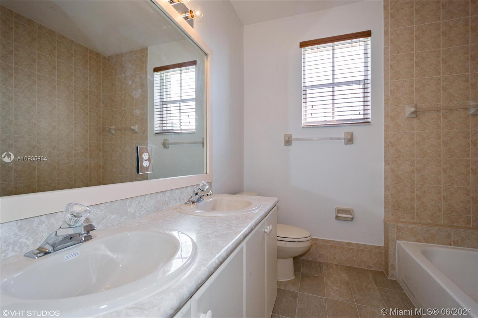 3855 SW 168th Ter photo022