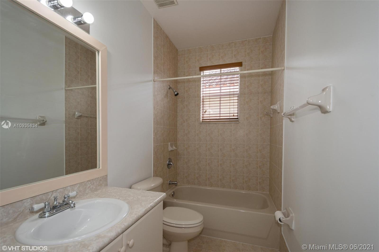 3855 SW 168th Ter photo021