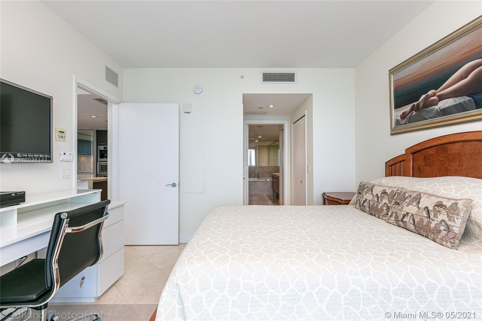 17001 Collins Ave #1003 photo019
